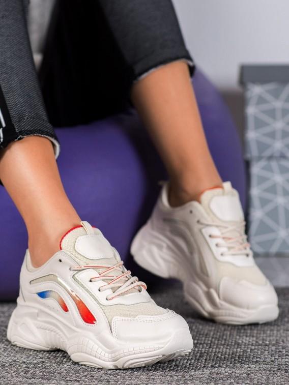 Štýlové béžové sneakersy