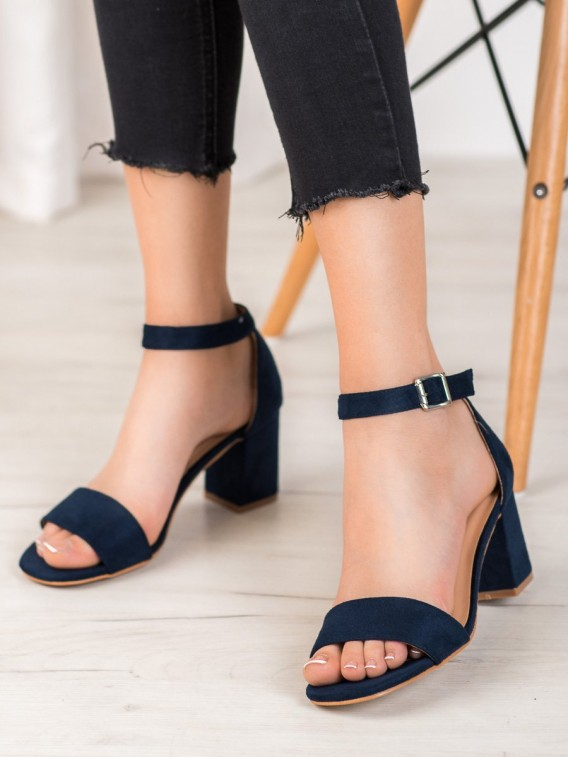 Klasické sandálky