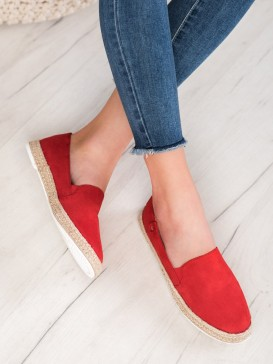 Klasické červené espadrilky