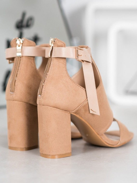 Módne sandálky