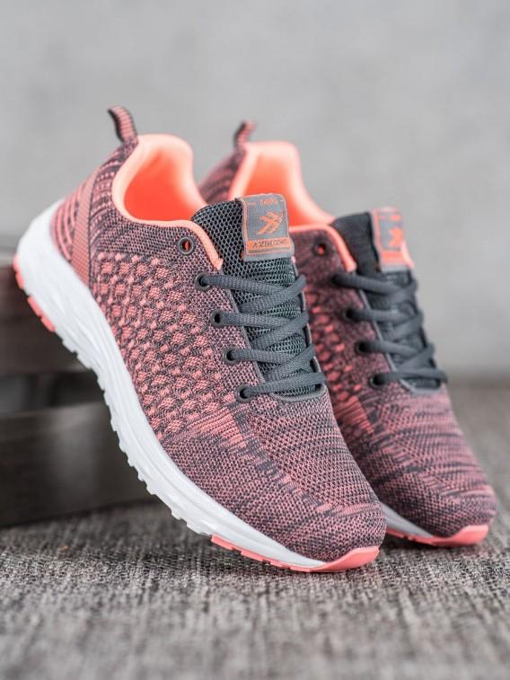 Športové topánky so sieťkou