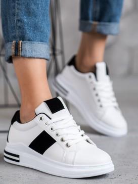 Športové topánky s čiernym pásom