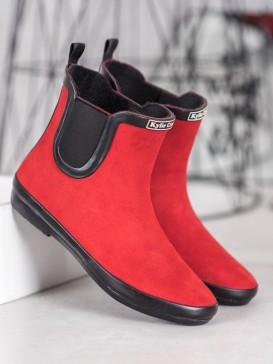 Červené gumáky