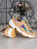 Štýlové športové topánky