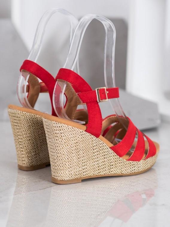 Klasické sandále na kline