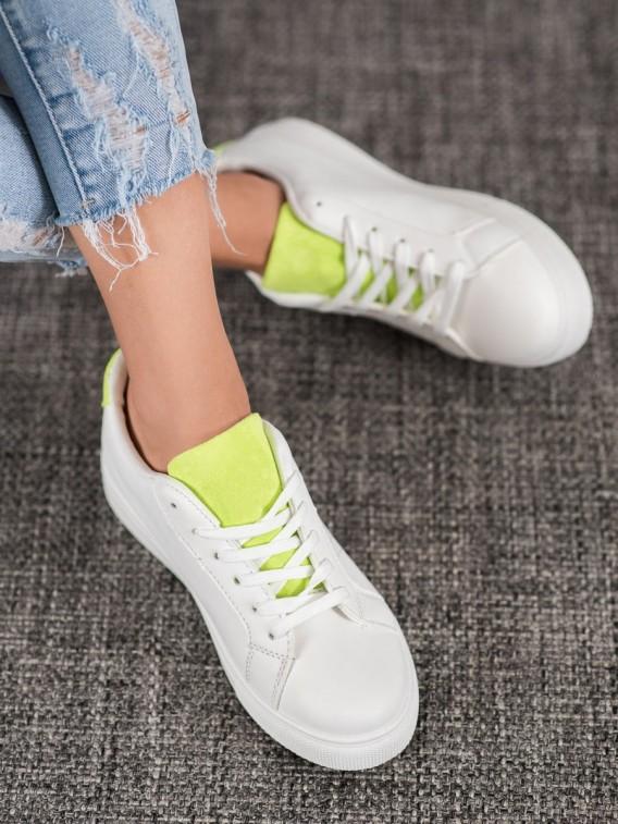 Biela obuv so semišovými vložkami