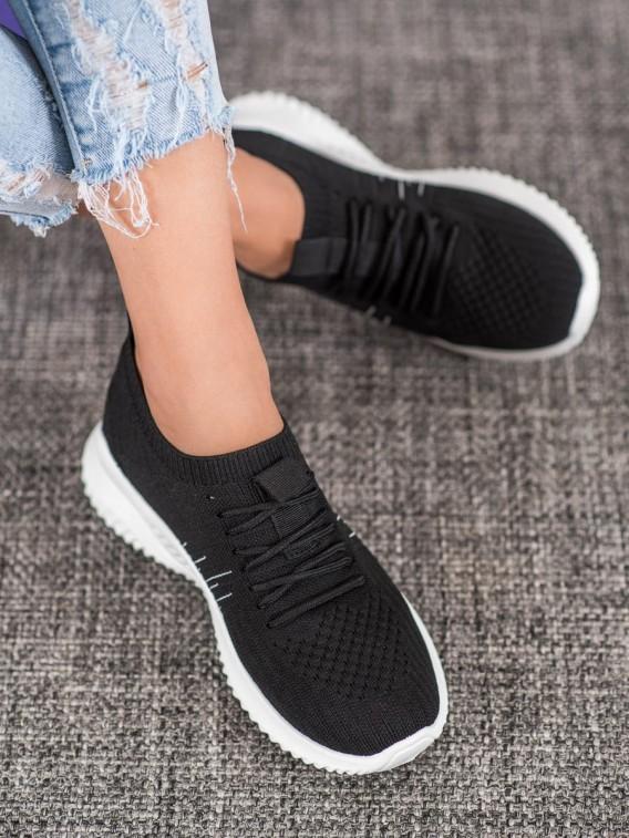 Dierkované topánky