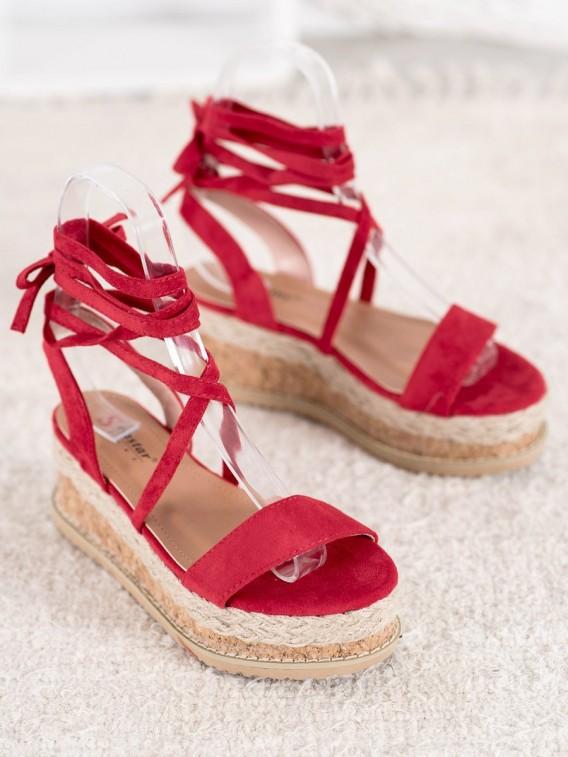 Viazané semišové sandále