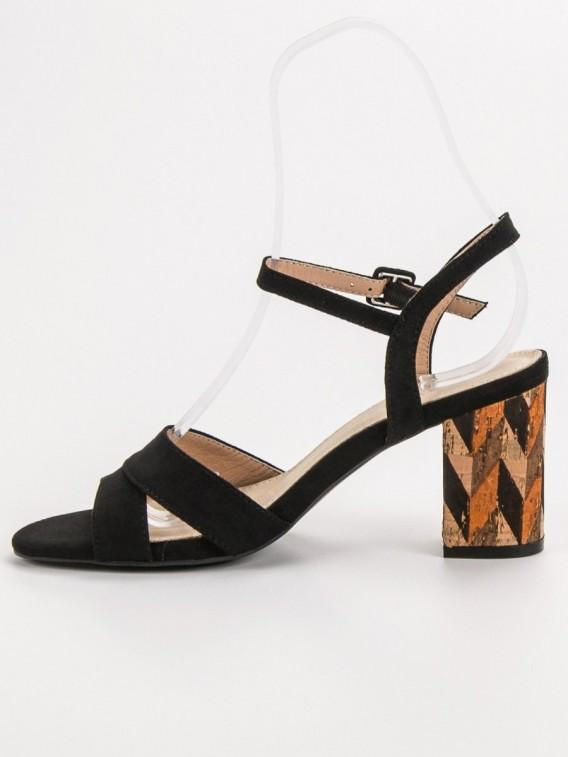 Sandálky na korkovom podpätku
