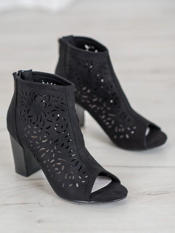 Dierkované topánky s otvorenou špičkou