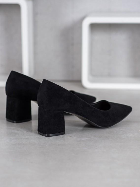 Semišové topánky na podpätku