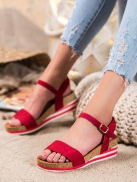 Neformálne sandálky zo semišu