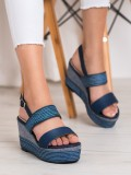Tmavomodré sandálky na kline
