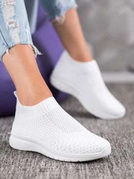 Textilné nazúvacie topánky