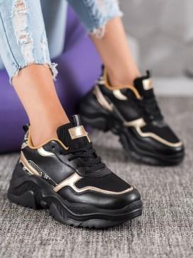 Čierne sneakersy so zlatými detailami