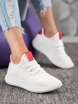 Pohodlné dierkované topánky
