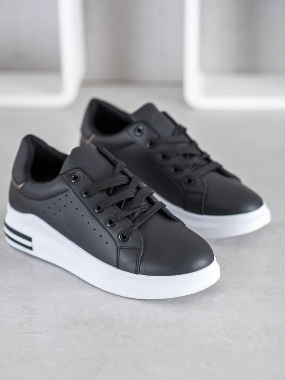 Štýlové šedé sneakersy z ekologickej kože