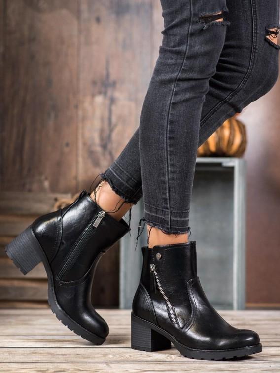 Členkové nazúvacie topánky
