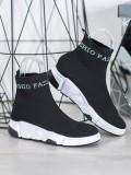 Nazúvacie fashion topánky