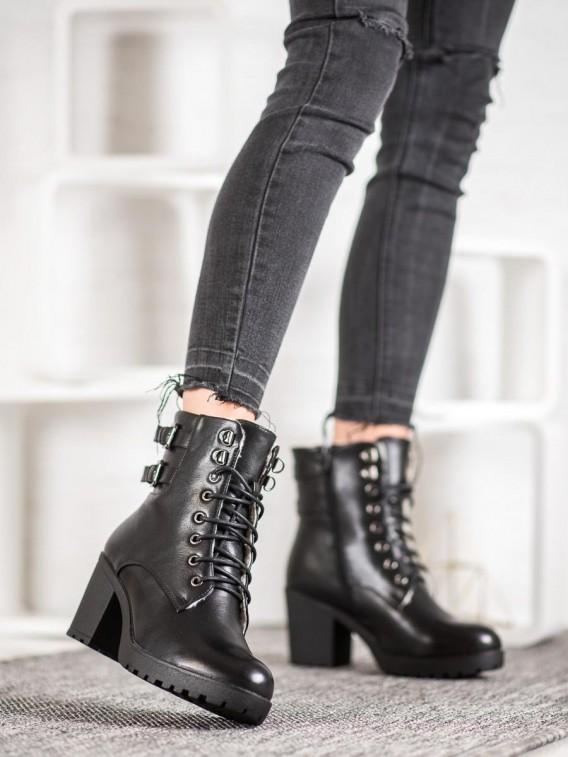 Viazané topánky na platforme