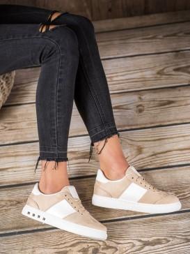 Sneakersy s covkmi