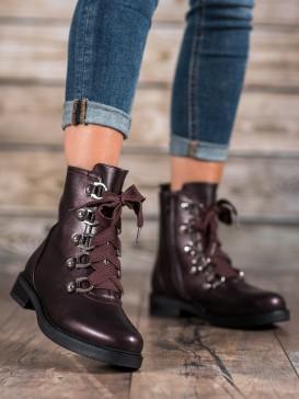 Členkové topánky so šnurovaním