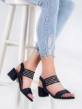 Nazúvacie sandále na stĺpci