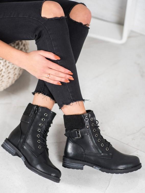 Šnurovacie členkové topánky z eko kože
