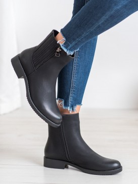 Vysoké topánky z eko kože