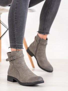 Zateplené šedé členkové topánky
