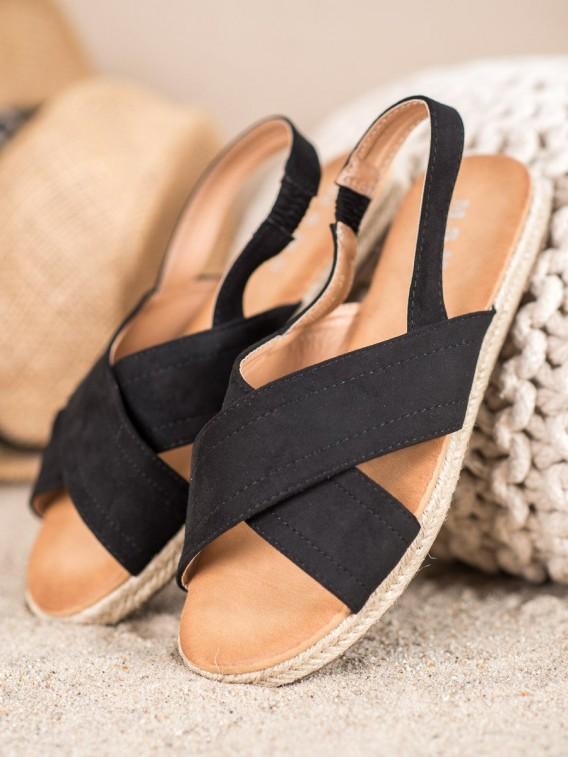 Nazúvacie sandále s gumou