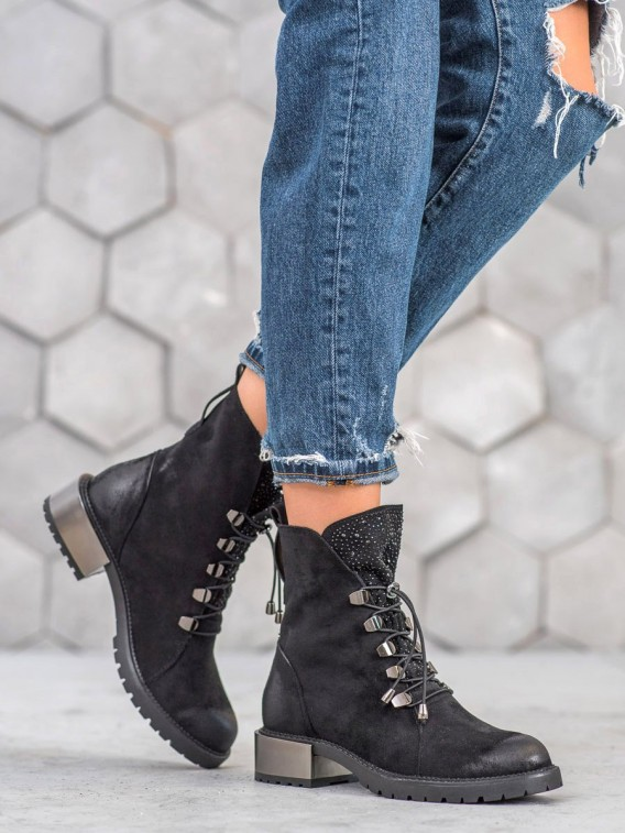Semišové topánky na sťahovanie