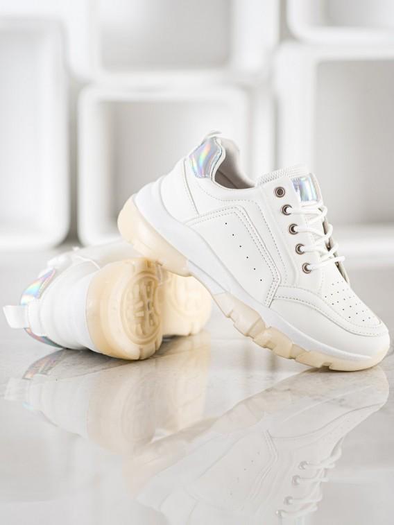 Sneakersy z ekokože