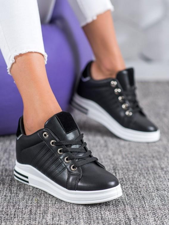 Čierne sneakersy na kline