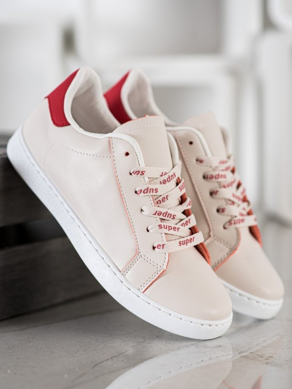 Módne športové topánky