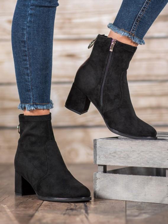 Topánky s ozdobným zipsom