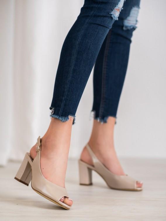 Elegantné sandálky s otvorenou špičkou