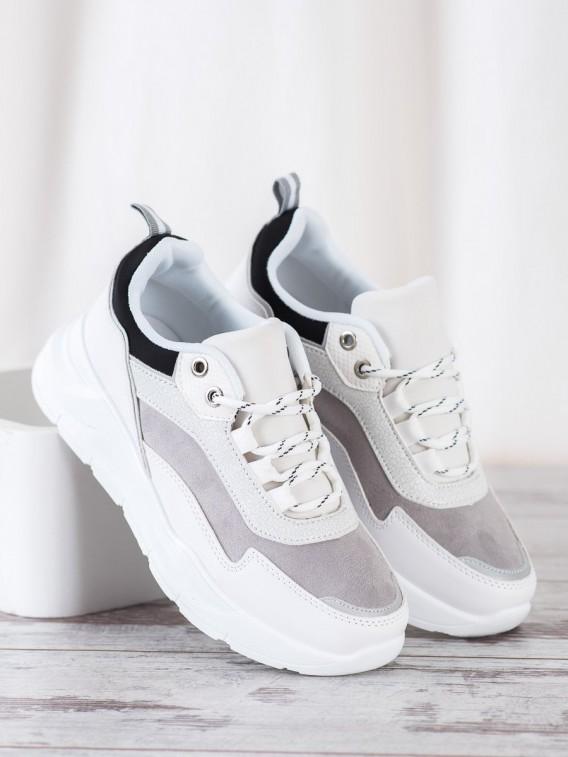 Štýlové šnurovacie sneakersy