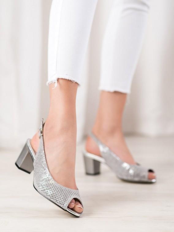 Dierkované topánky na podpätku
