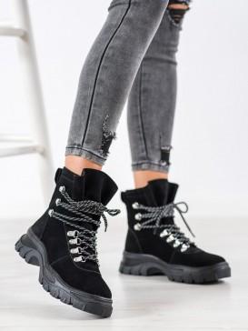 Módne šnurovacie topánky
