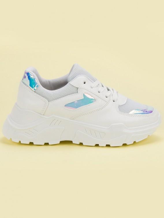 Biele sneakersy s holo efektom