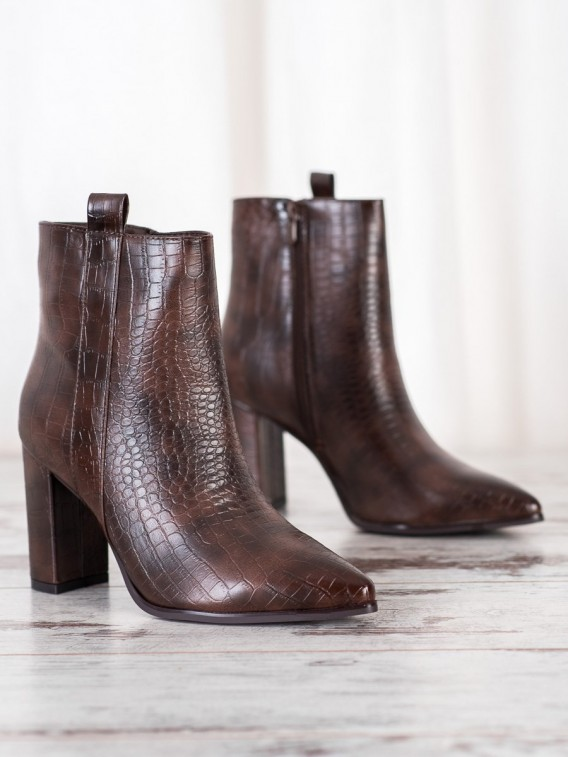 Štýlové topánky so vzorom