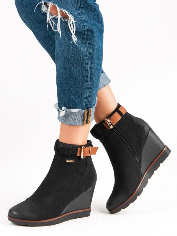 Čierne topánky na kline