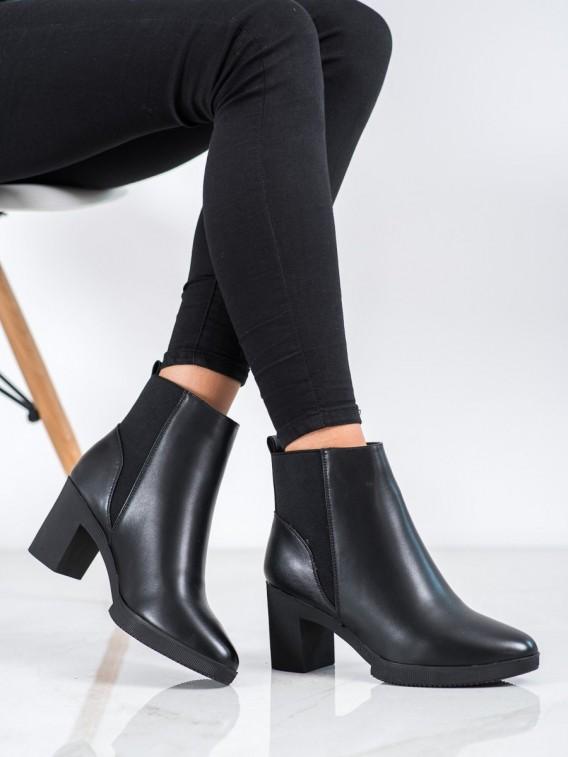 Členkové topánky z eko-kože