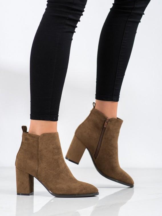 Semišové topánky