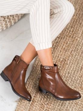 Klasické hnedé členkové topánky