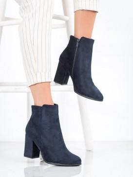 Modré topánky na podpätku