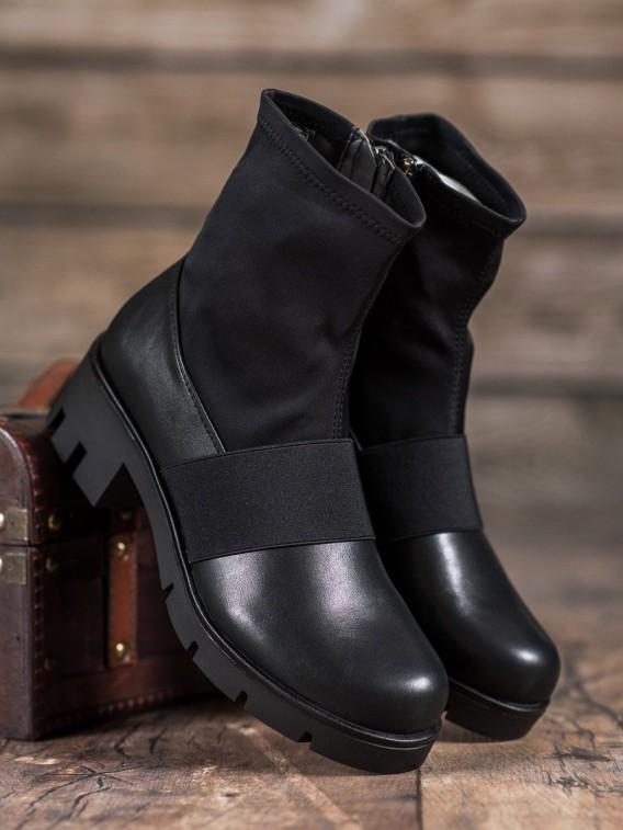 Čierne členkové topánky na platforme
