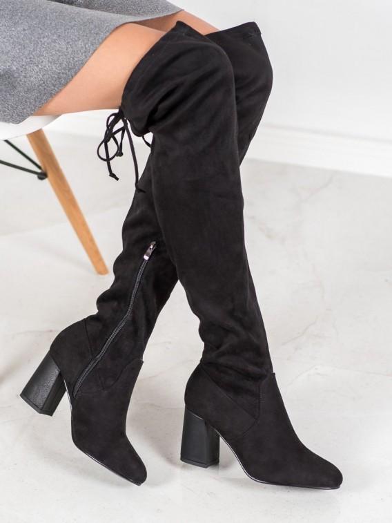 Elegantné čižmy nad kolená