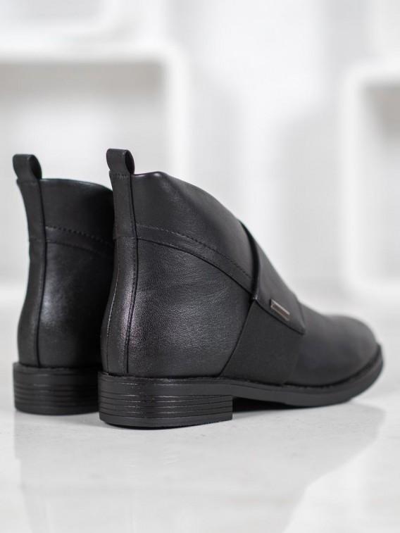 Elegantné členkové topánky v čiernej